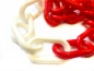 Platic chain 6mm white/ red