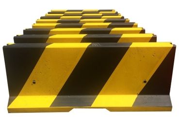 Concrete barrier 810 mm, yellow-black
